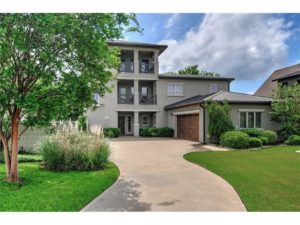 Lakefront Contemporary home in one of Lake Texoma's most exclusive gated communities.